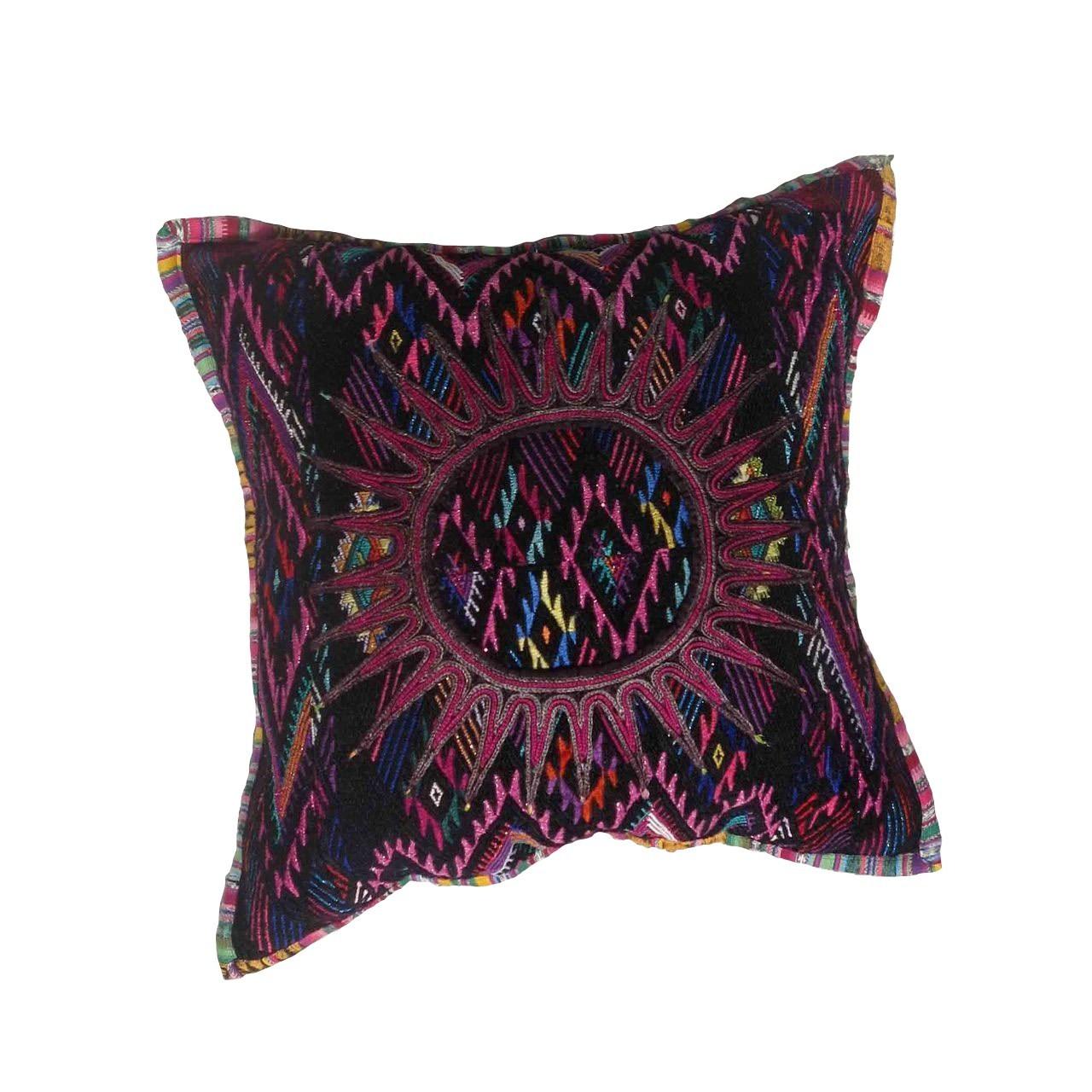 cushion6_LR__36344.1527654410.1280.1280